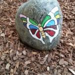 """""""Frühlingsgruß"""" auf Stein gemalt"""